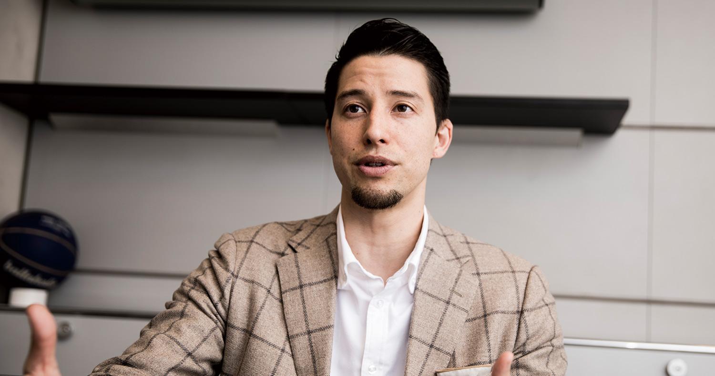 バスケットボールアナリスト–佐々木クリスロングインタビュー